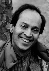Photo of Vikram Seth.