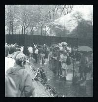 Photo of visitors at the Vietnam Veterans Memorial.