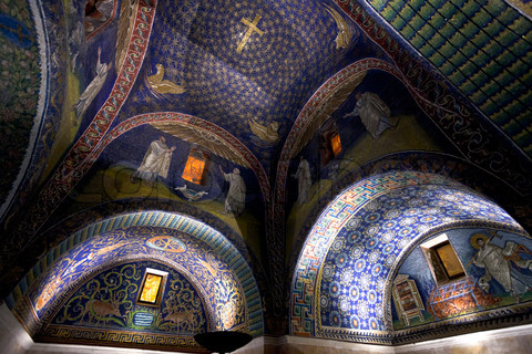 The Empress and her Mausoleum | Townsend Center for the